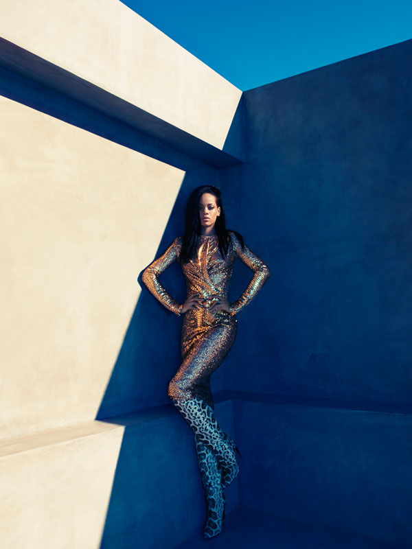 c2aed18d788 rihanna-snakeskin-tom-ford-harpars-bazar-beauty-and-. Rihanna rocked them in  ...