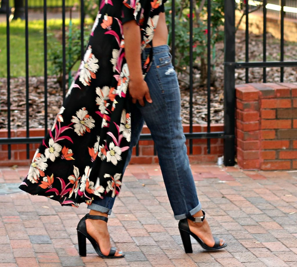 long-floral-duster-boyfriend-jeans-ootd-beauty-and-the-beat-blog