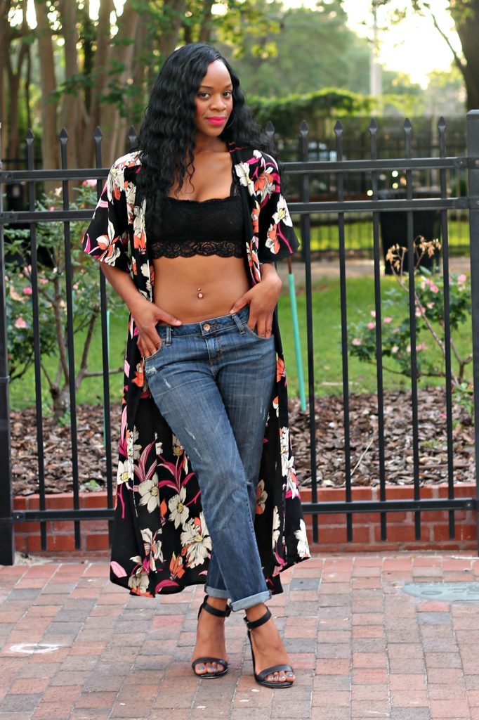 tyra-beauty-hi-felicia-lipstick-ootd-lace-crop-top-boyfriend-jeans-flower-duster-black-strppy-heels-beauty-and-the-beat-blog
